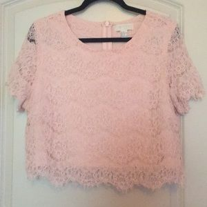Forever 21 cropped lace shirt